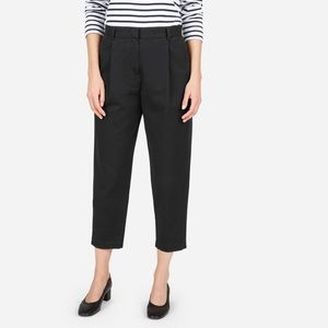 Everlane black slouchy chino
